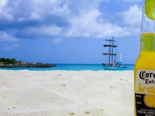 Φωτογραφία για Φρενίτιδα στο διαδίκτυο: Nομίζουν πως ο κοροναϊός μεταδίδεται από την μπύρα Corona