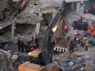 Φωτογραφία για Σεισμός στην Τουρκία: Στους 31 οι νεκροί