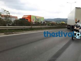Φωτογραφία για Εκτροπή νταλίκας και σύγκρουση επτά οχημάτων