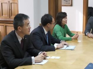Φωτογραφία για Συνεργασία Κικίλια και Κινέζας Πρέσβεως για την αντιμετώπιση του ιού