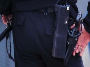Φωτογραφία για Εκπυρσοκρότησε όπλο λιμενικού μέσα στο υπουργείο Ναυτιλίας