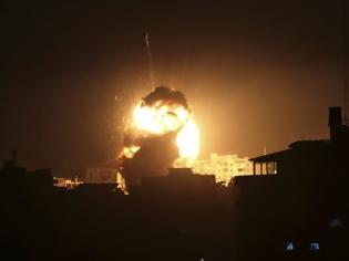 Φωτογραφία για Λωρίδα της Γάζας: Ρουκέτα κατά των Ισραηλινών - Απάντηση στα σχέδια Τραμπ-Νετανιάχου