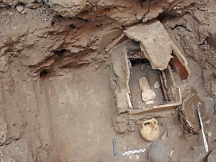 Φωτογραφία για Εντυπωσιακά ευρήματα από την προϊστορική πόλη του Ακρωτηρίου Θήρας