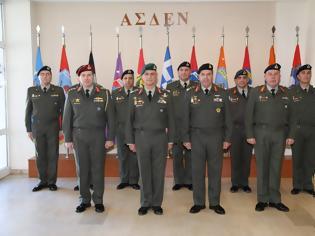 Φωτογραφία για Επίσκεψη Αρχηγού Γενικού Επιτελείου Στρατού στο Στρατηγείο της ΑΣΔΕΝ