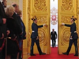 Φωτογραφία για Το Κρεμλίνο αμφισβητεί τη δυνατότητα εφαρμογής του σχεδίου των ΗΠΑ