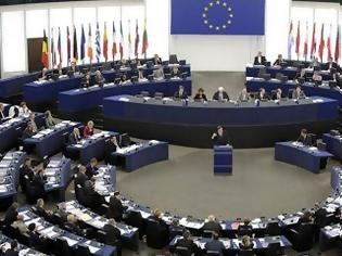 Φωτογραφία για Τι αλλάζει στην κινητή τηλεφωνία με απόφαση ΕΕ