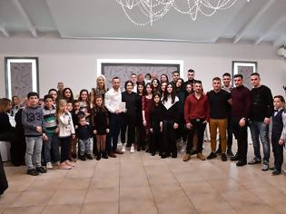 Φωτογραφία για Με πλήθος κόσμου πραγματοποιήθηκε η κοπή της πρωτοχρονιάτικης πίτας του ΑΣ ΘΗΣΈΑΣ ΑΙΤ/ΝΙΑΣ .