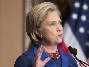 Φωτογραφία για Σκάνδαλο Λεβίνσκι - Χίλαρι Κλίντον: Αγαπώ τον Μπιλ, πήρα την καλύτερη απόφαση για την οικογένειά μου