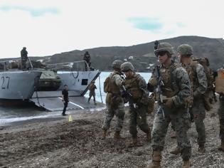Φωτογραφία για «Απόβαση» στην Σκύρο - Μεγάλη στρατιωτική άσκηση [εικόνες]