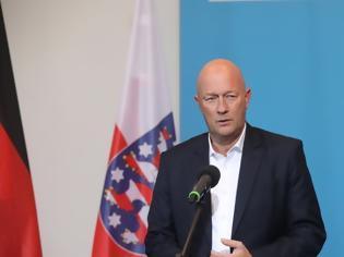 Φωτογραφία για Ραγδαίες εξελίξεις στη Θουριγγία: Ο Κέμεριχ παραιτήθηκε από πρωθυπουργός