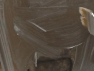 Φωτογραφία για ΚΑΤΑΣΚΕΥΕΣ - Περνάει τα παράθυρα με Κορνφλάουρ και προσθέτει Δαντέλα. Το τελικό αποτέλεσμα, θα σας Αφήσει Άφωνους!
