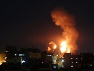 Φωτογραφία για Λωρίδα της Γάζας: Το Ισραήλ έπληξε θέσεις της Χαμάς σε αντίποινα για την εκτόξευση ρουκέτας