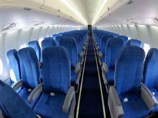 Φωτογραφία για Γιατί τα καθίσματα στα αεροπλάνα είναι μπλε; -Δεν θα πιστέψετε τον λόγο