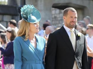 Φωτογραφία για Νέος πονοκέφαλος στο Μπάκινχαμ: Διαζύγιο για τον εγγονό της Ελισάβετ