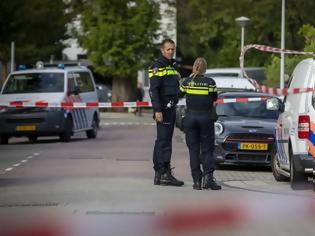 Φωτογραφία για Ολλανδία: Εκρήξεις σε κτίρια, πιθανόν από παγιδευμένες επιστολές