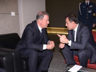 Φωτογραφία για Ενώ οι Τούρκοι έκαναν 68 παραβιάσεις ο Παναγιωτόπουλος «μάλωνε» τον Ακάρ