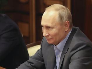 Φωτογραφία για Πούτιν: Όσο είμαι εγώ δεν θα υπάρξουν γονιός 1 και γονιός 2