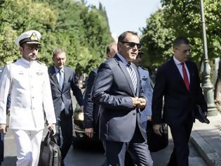 Φωτογραφία για Μεταθέσεις Στρατιωτικών: «Παραθυράκι» για βελτιώσεις άνοιξε ο Παναγιωτόπουλος (ΕΓΓΡΑΦΟ)