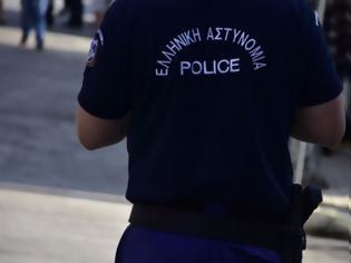 Φωτογραφία για Συνελήφθη αστυνομικός για 11 ληστείες στην Αττική
