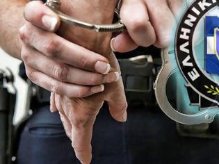 Φωτογραφία για Αστυνομικός έκανε 11 ληστείες με το υπηρεσιακό του όπλο – Τον έπιασαν συνάδελφοί του