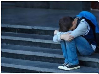 """Φωτογραφία για 17 αγόρια χτυπούσαν έναν συμμαθητή τους και 34 γονείς καμαρώνουν γιατί έχουν τα """"καλύτερα παιδιά του κόσμου"""""""