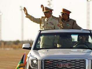 Φωτογραφία για Το μυστηριώδες αυτοκίνητο του Στρατηγού της Λιβύης Χαλίφα Χαφτάρ (ΦΩΤΟ)
