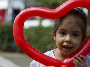 Φωτογραφία για Έως 20% των καρκίνων στην παιδική ηλικία, μπορεί να έχουν γενετικό υπόστρωμα
