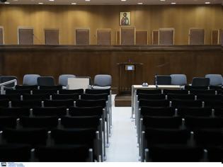 Φωτογραφία για Τρίτη αναβολή στη δίκη για τον βιασμό της 19χρονης ΑμεΑ στη Ρόδο