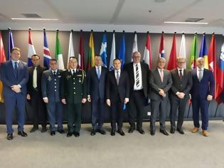 Φωτογραφία για Επίσκεψη ΥΦΕΘΑ Αλκιβιάδη Στεφανή στην έδρα της FRONTEX στη Βαρσοβία