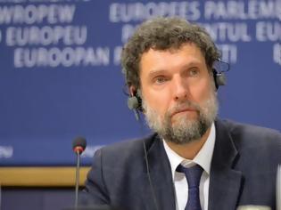 Φωτογραφία για Τουρκία: Νέο ένταλμα σύλληψης εις βάρος του ακτιβιστή Οσμάν Καβαλά