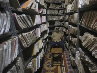 Φωτογραφία για Δημόσιος υπάλληλος μετατέθηκε 53 φορές σε 26 χρόνια επειδή ήταν έντιμος