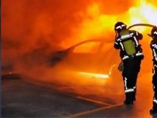 Φωτογραφία για Πήγε να κλέψει αυτοκίνητο και πυρπόλησε... έξι!
