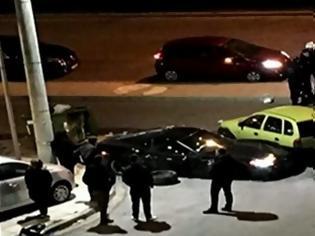 Φωτογραφία για Ανθρωποκυνηγητό στη Γλυφάδα για τον οδηγό της Corvette που σκότωσε μοτοσυκλετιστή