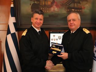 Φωτογραφία για Συνάντηση Αρχηγού ΓΕΝ με τον Αρχηγό Λ.Σ. - ΕΛ. ΑΚΤ.