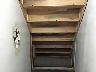 Φωτογραφία για ΚΑΤΑΣΚΕΥΕΣ - Μαμά μετέτρεψε μικρό χώρο κάτω από την σκάλα σε δωμάτιο Harry Potter