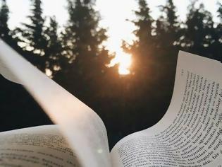 Φωτογραφία για Τι όμορφο που είναι ένα βιβλίο...