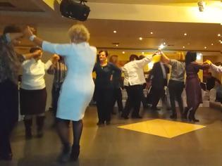 Φωτογραφία για Πολύ όμορφη η Χοροεσπερίδα των εν Αθήναις ΒΟΝΙΤΣΑΝΩΝ στο Κέντρο Παλατάκι στην Καλλιθέα   ΦΩΤΟ