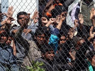 Φωτογραφία για Δημοσκόπηση για το μεταναστευτικό: Απειλή για τη χώρα οι μετανάστες λέει το 65% των κατοίκων των νησιών