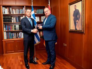 Φωτογραφία για Συνάντηση ΥΦΕΘΑ Αλκιβιάδη Στεφανή με τον Πρέσβη της Αρμενίας κ. Fadey Charchoghlyan