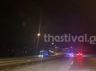 Φωτογραφία για Καταδίωξη-θρίλερ 230χλμ. για ΙΧ με Ιρανό οδηγό που μετέφερε 15 μετανάστες- Βίντεο-ντοκουμέντο