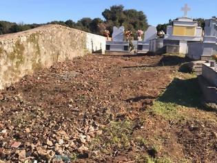 Φωτογραφία για Καθαρίστηκαν εξ ολοκλήρου και τα δύο Νεκροταφεία στην ΚΩΝΩΠΙΝΑ - (ΦΩΤΟ)