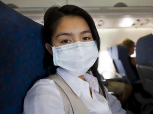 Φωτογραφία για Κορωνοϊός: Πώς εξαπλώνεται μέσα σε ένα αεροπλάνο – Η πιο ασφαλής θέση να κάθεστε