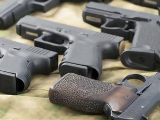 Φωτογραφία για Ληστές άρπαξαν όπλα από ηλικιωμένους