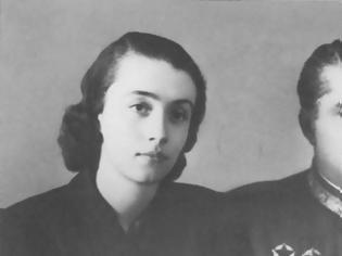 Φωτογραφία για Αλβανία: Πέθανε η Νεζμιγιέ Χότζα, χήρα του Αλβανού δικτάτορα