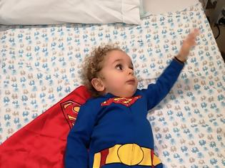 Φωτογραφία για Ο μικρός Παναγιώτης βγήκε από το νοσοκομείο