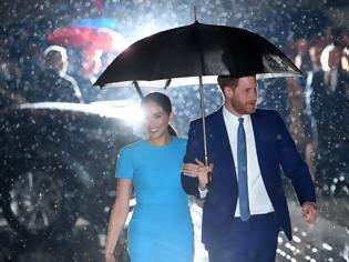 Φωτογραφία για Μέγκαν Μαρκλ και Πρίγκιπας Χάρι: Πρώτη κοινή εμφάνιση στο Λονδίνο μετά το Megxit