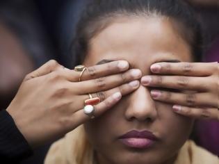 Φωτογραφία για Ινδία: Τέσσερις εκτελέσεις για τον ομαδικό βιασμό φοιτήτριας σε λεωφορείο