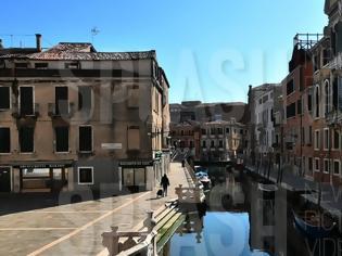 Φωτογραφία για Πόλη «φάντασμα» η Βενετία φωτος