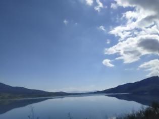 Φωτογραφία για Με το φακό της Βασιλικής Δράκου: Εκπληκτικές φωτογραφίες από τον Άγριλο Αμφιλοχίας , με φόντο λίμνη Αμβρακία.....