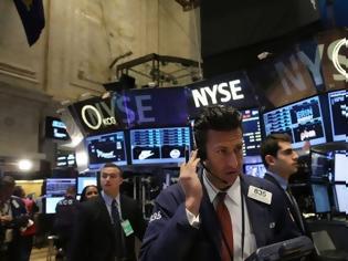 Φωτογραφία για Wall Street: Συνεχίζεται «χωρίς φρένο» η πτώση